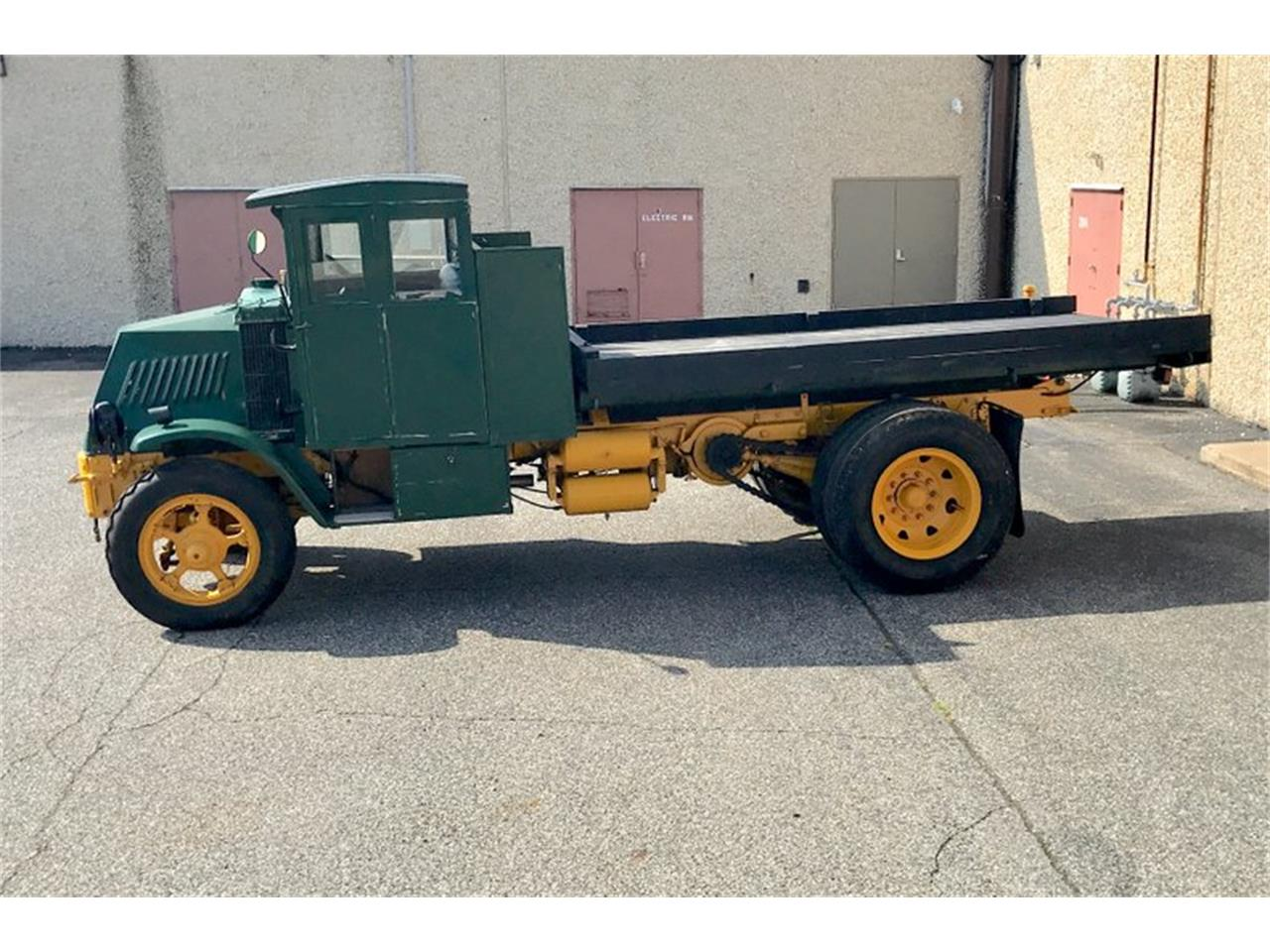 Large Picture of 1924 Mack Truck located in Pennsylvania Offered by Classic Auto Mall - PFJW