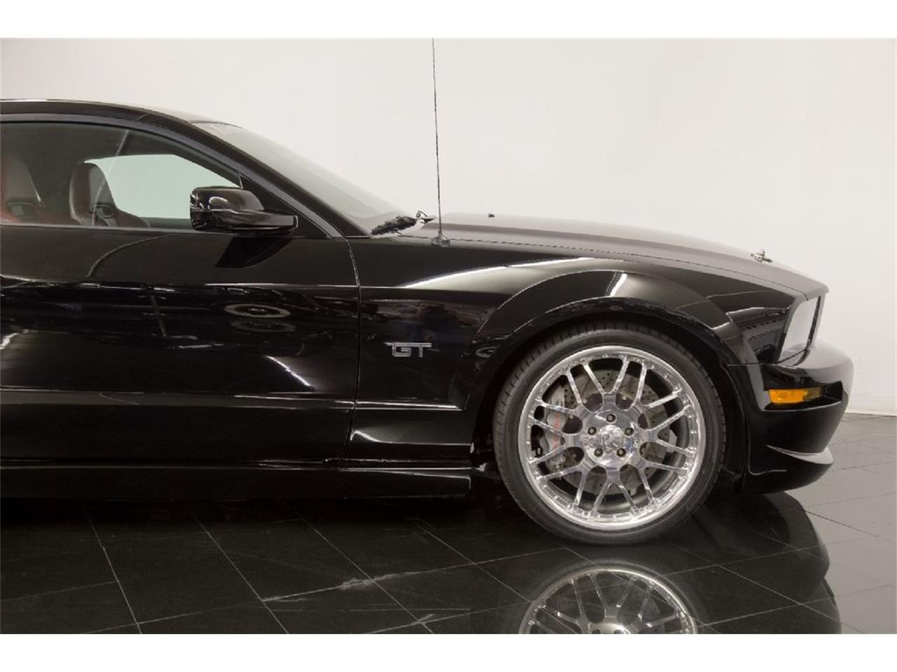 Large Picture of 2005 Ford Mustang GT located in Missouri - $35,900.00 Offered by St. Louis Car Museum - PFLU