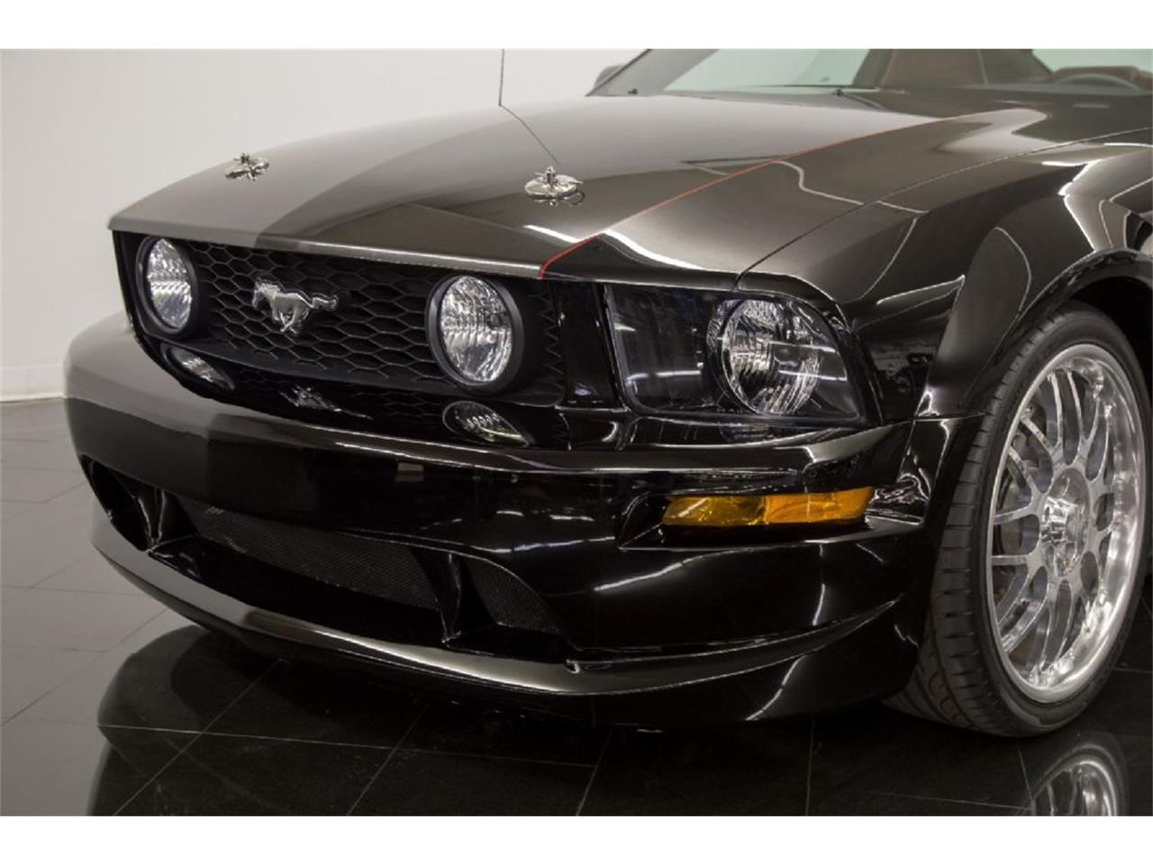 Large Picture of 2005 Mustang GT - $35,900.00 - PFLU