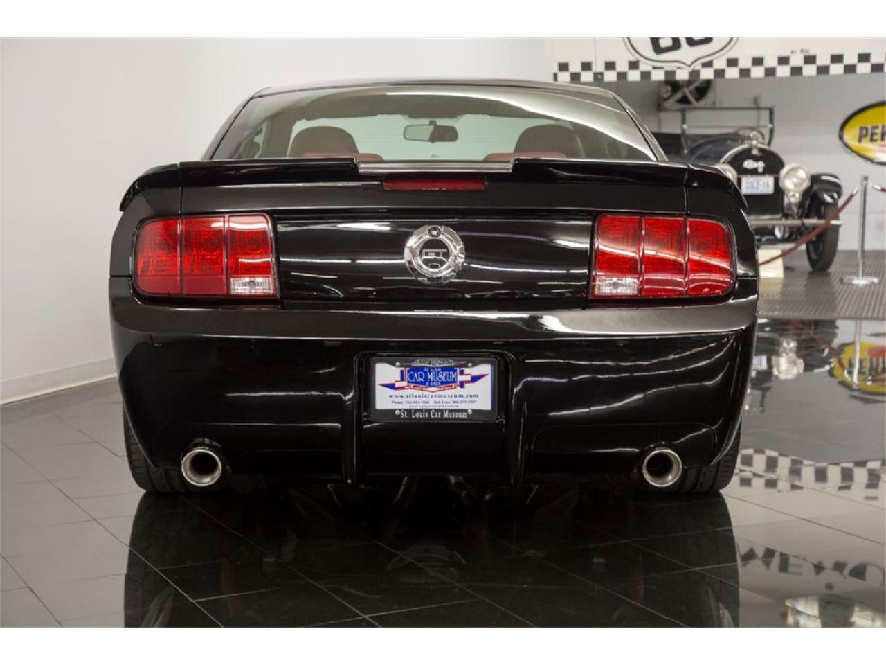 Large Picture of '05 Mustang GT - $35,900.00 - PFLU