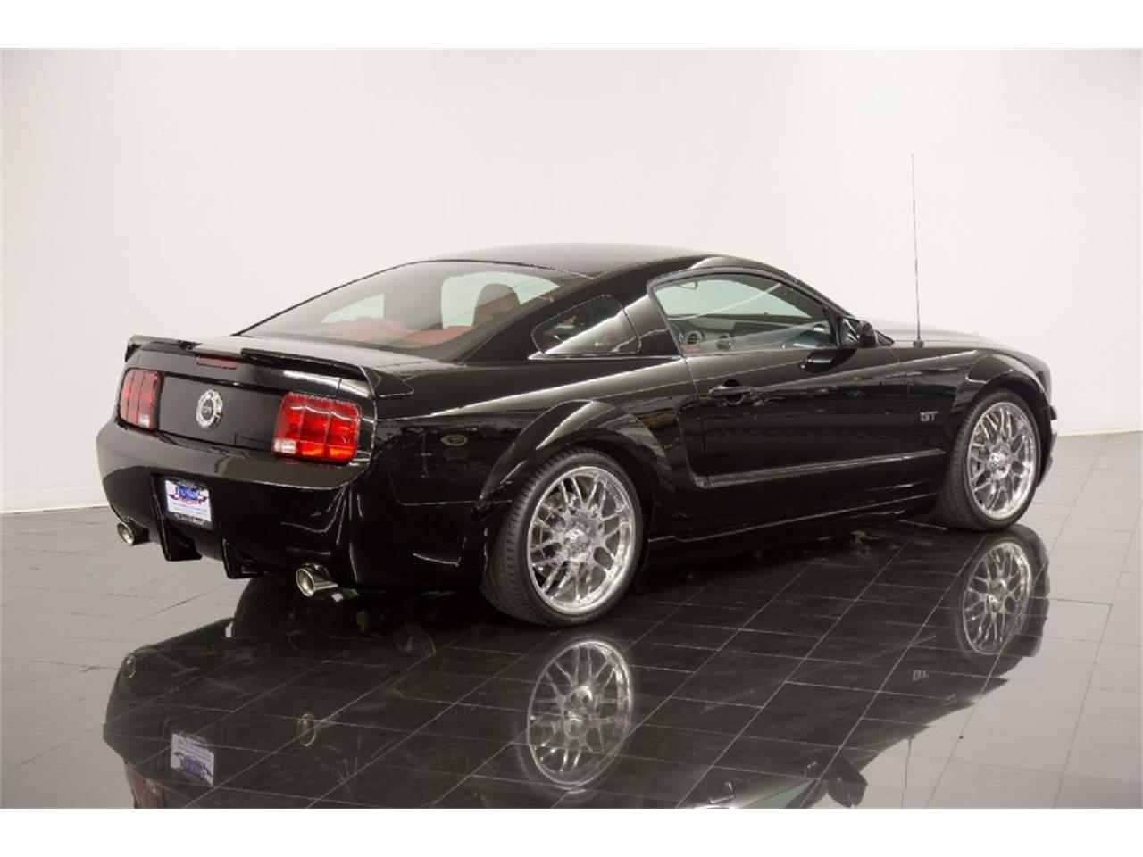 Large Picture of 2005 Ford Mustang GT - $35,900.00 - PFLU