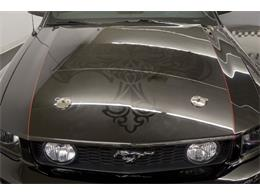 Picture of 2005 Ford Mustang GT - PFLU