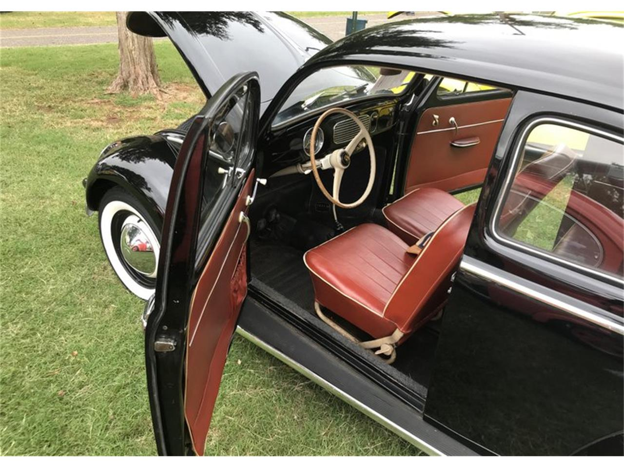 Large Picture of '57 Volkswagen Beetle located in Oklahoma Auction Vehicle Offered by Leake Auction Company - PFMY