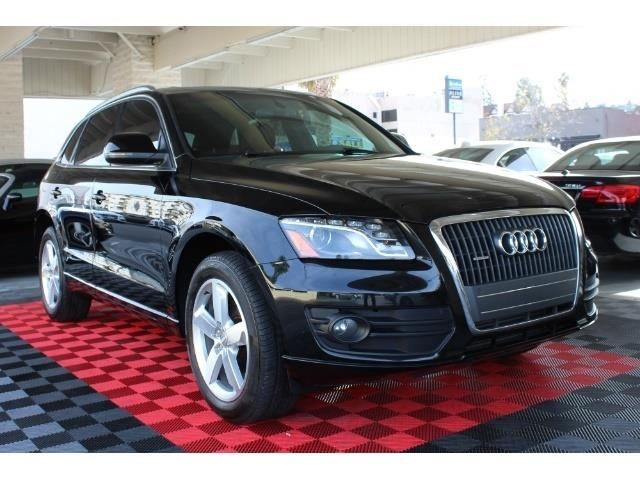 Picture of 2012 Audi Q5 located in Sherman Oaks California Offered by  - PFPI