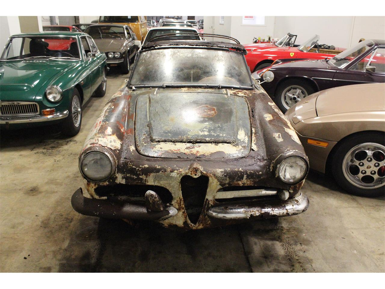 Large Picture of Classic 1963 Giulietta Spider located in Cleveland Ohio - PFS7