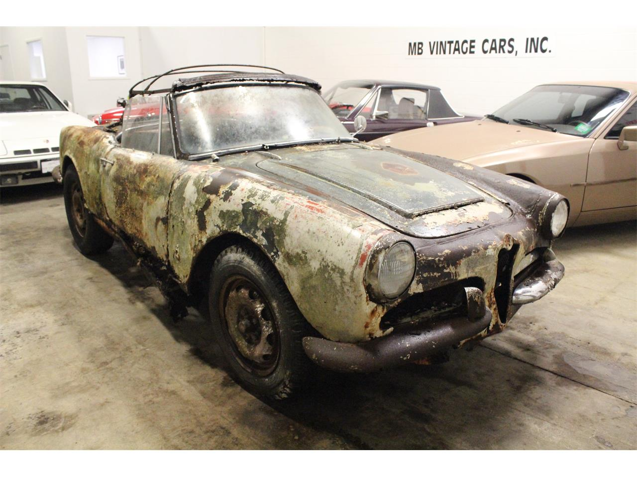 Large Picture of Classic 1963 Giulietta Spider located in Ohio Offered by MB Vintage Cars Inc - PFS7