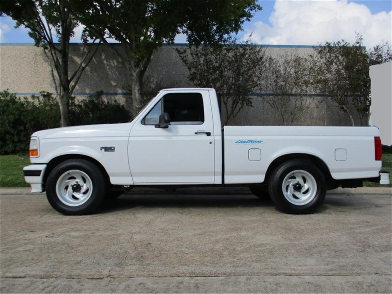 Large Picture of 1994 Ford F150 located in Texas - PFSA