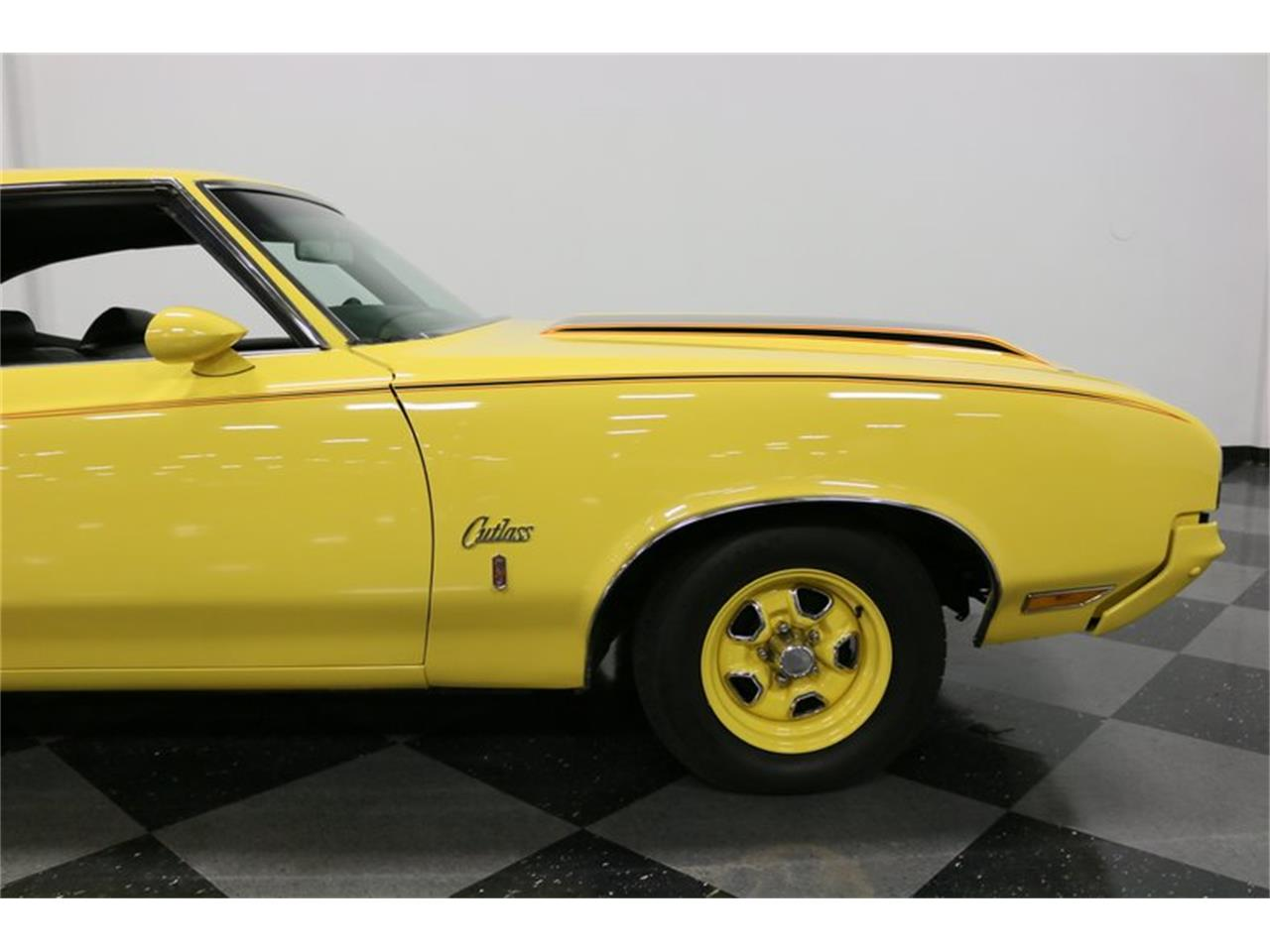 Large Picture of '70 Oldsmobile Cutlass - $34,995.00 - PFUG