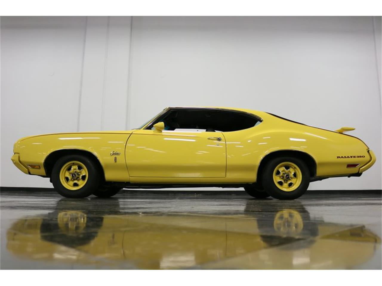 Large Picture of 1970 Oldsmobile Cutlass - $34,995.00 Offered by Streetside Classics - Dallas / Fort Worth - PFUG