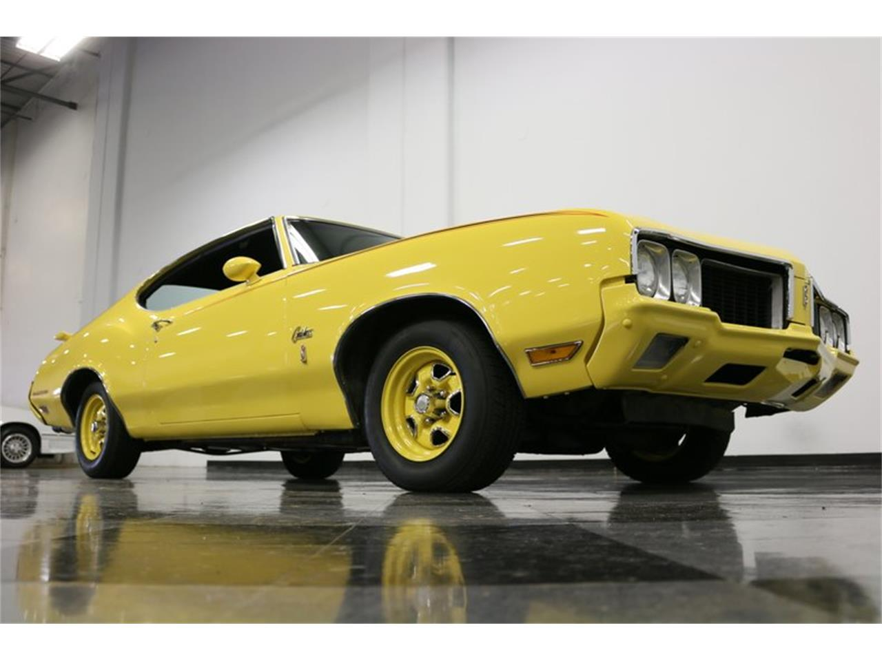 Large Picture of Classic 1970 Oldsmobile Cutlass located in Texas Offered by Streetside Classics - Dallas / Fort Worth - PFUG