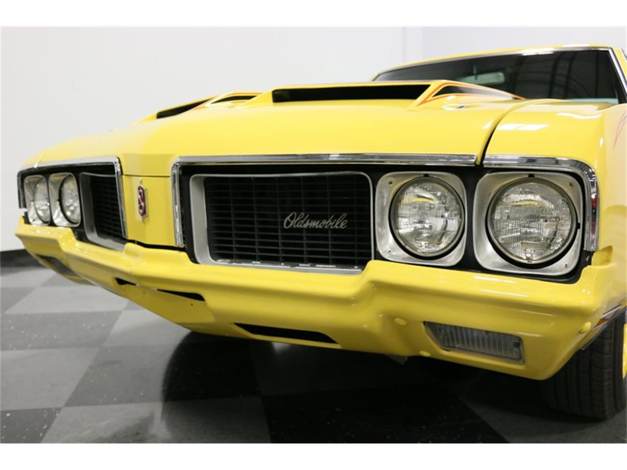 Large Picture of Classic '70 Oldsmobile Cutlass located in Texas - PFUG