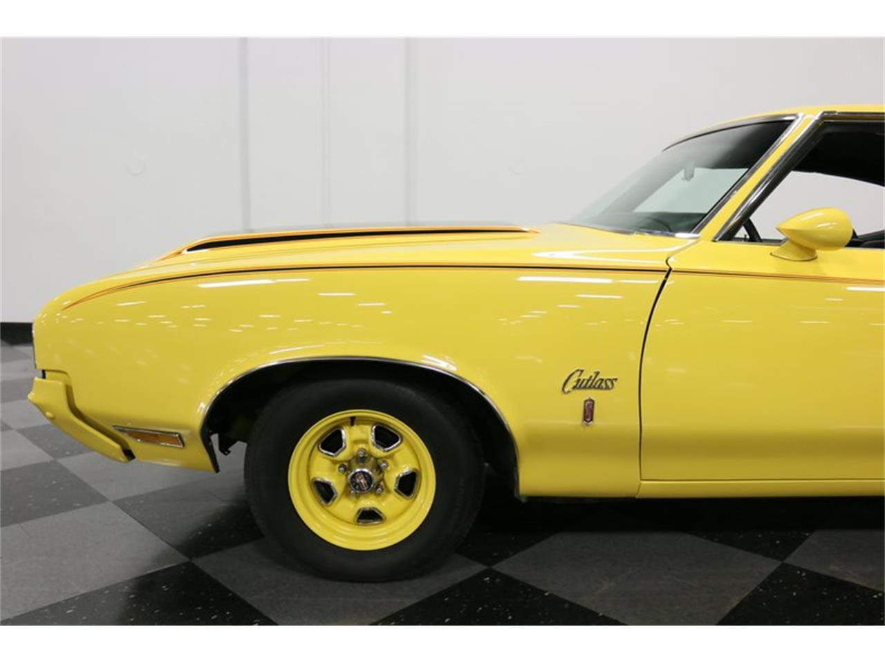 Large Picture of 1970 Cutlass located in Texas Offered by Streetside Classics - Dallas / Fort Worth - PFUG
