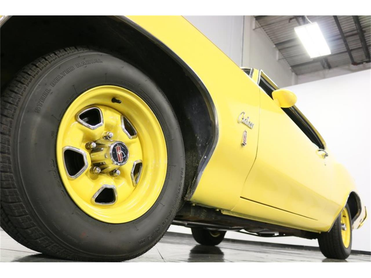 Large Picture of Classic '70 Oldsmobile Cutlass - $34,995.00 - PFUG