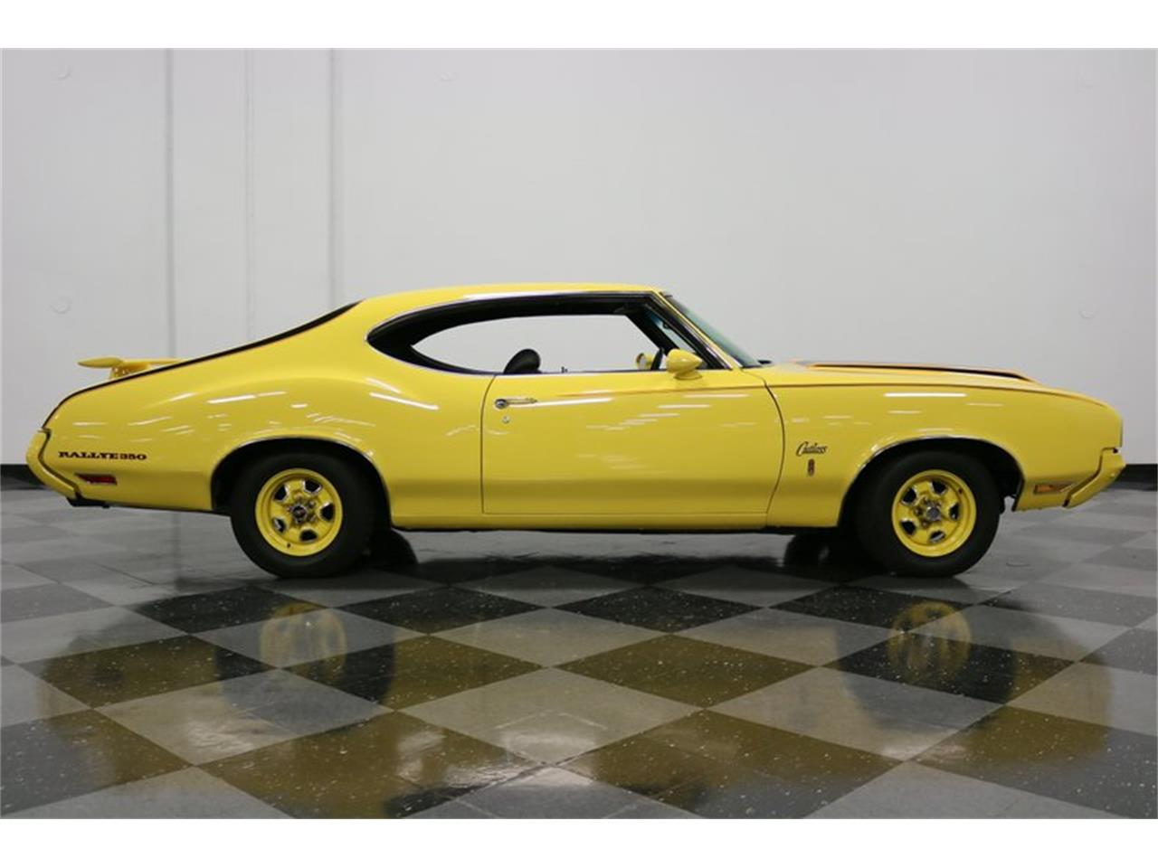 Large Picture of Classic '70 Cutlass located in Ft Worth Texas - $34,995.00 - PFUG