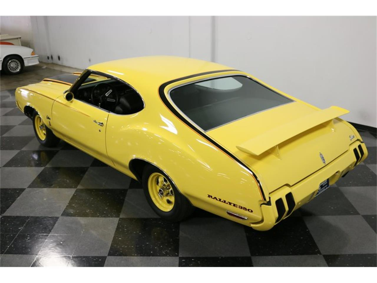 Large Picture of '70 Oldsmobile Cutlass Offered by Streetside Classics - Dallas / Fort Worth - PFUG
