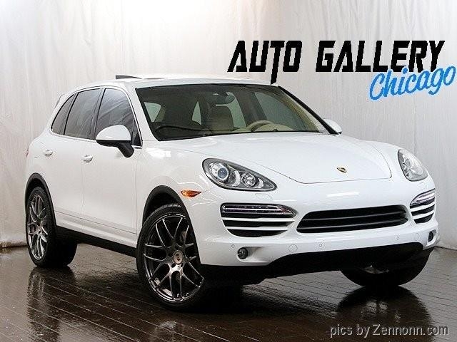 Picture of 2014 Porsche Cayenne located in Illinois - PG4Z
