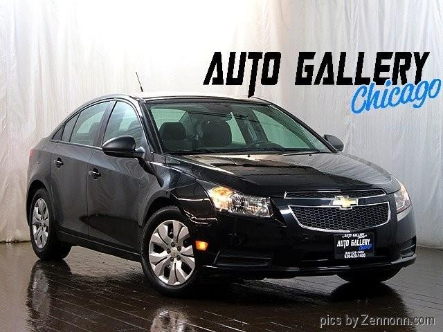 Picture of 2014 Cruze located in Addison Illinois - PG52