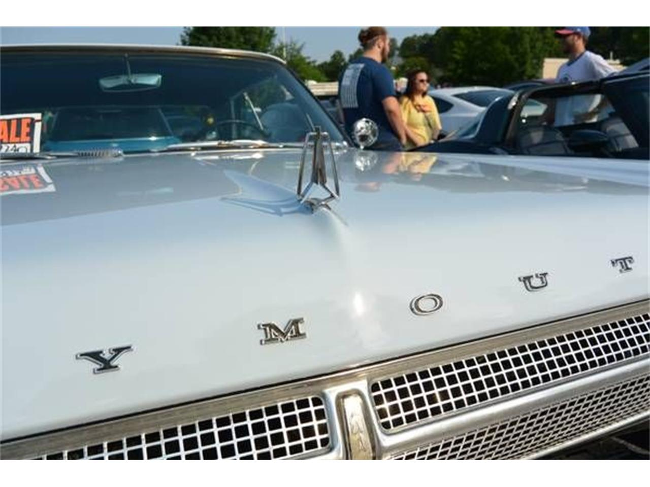 Large Picture of 1965 Fury III - PG7B