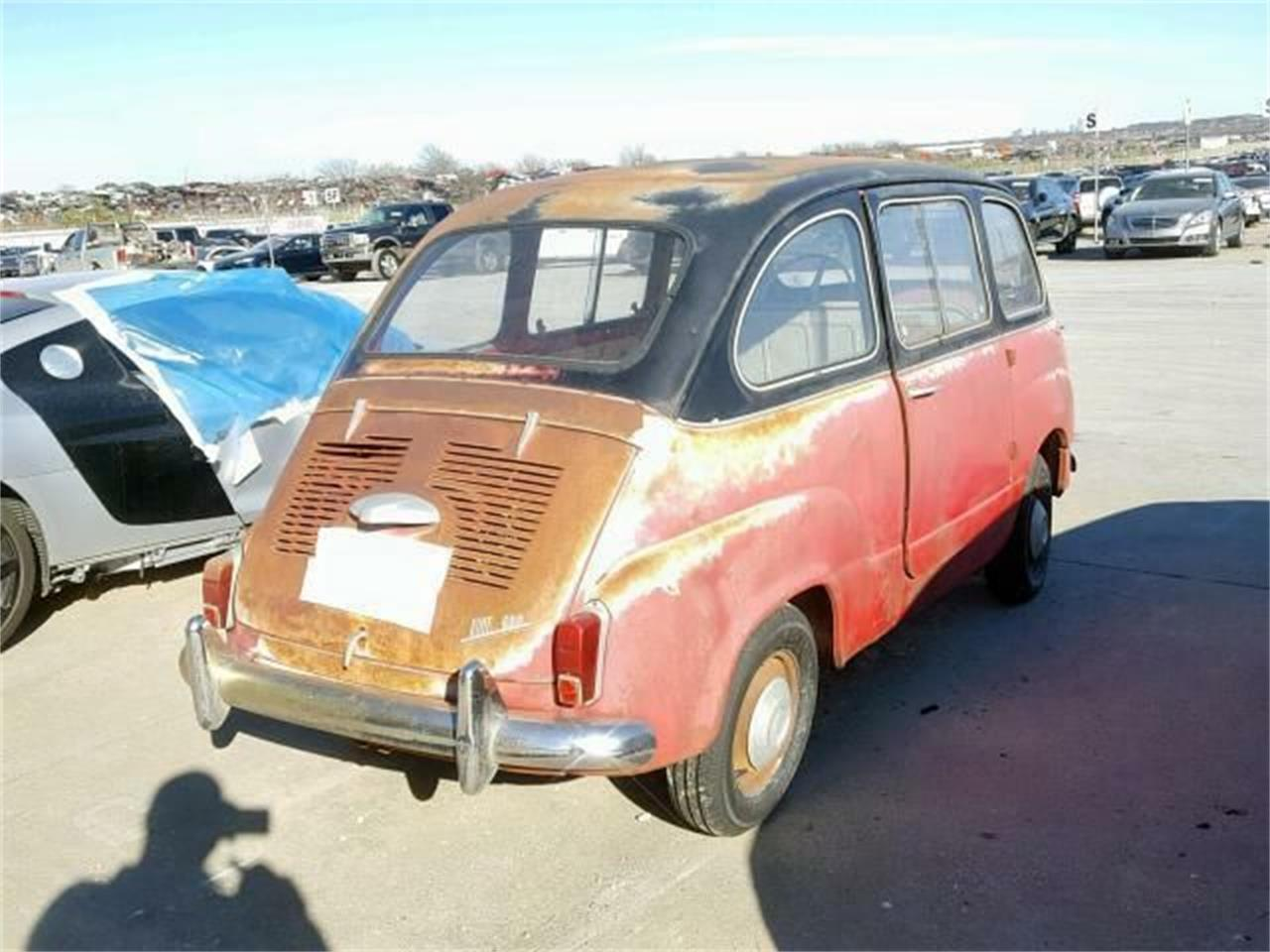Large Picture of 1961 Fiat 600 located in Cadillac Michigan - $21,495.00 Offered by Classic Car Deals - PG8W