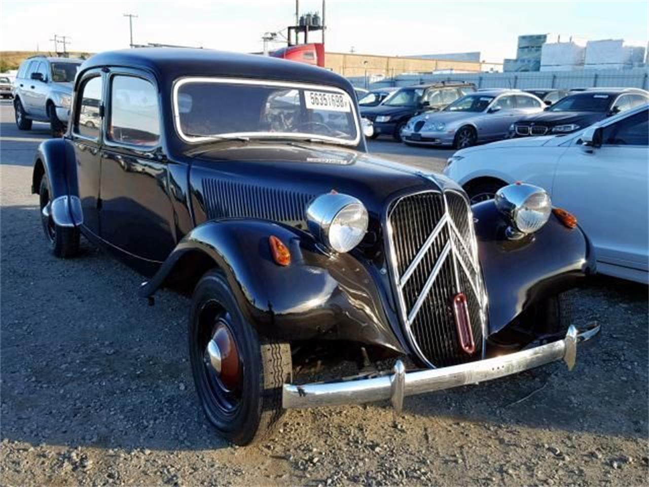 Large Picture of '53 Traction Avant - $21,495.00 Offered by Classic Car Deals - PG8X