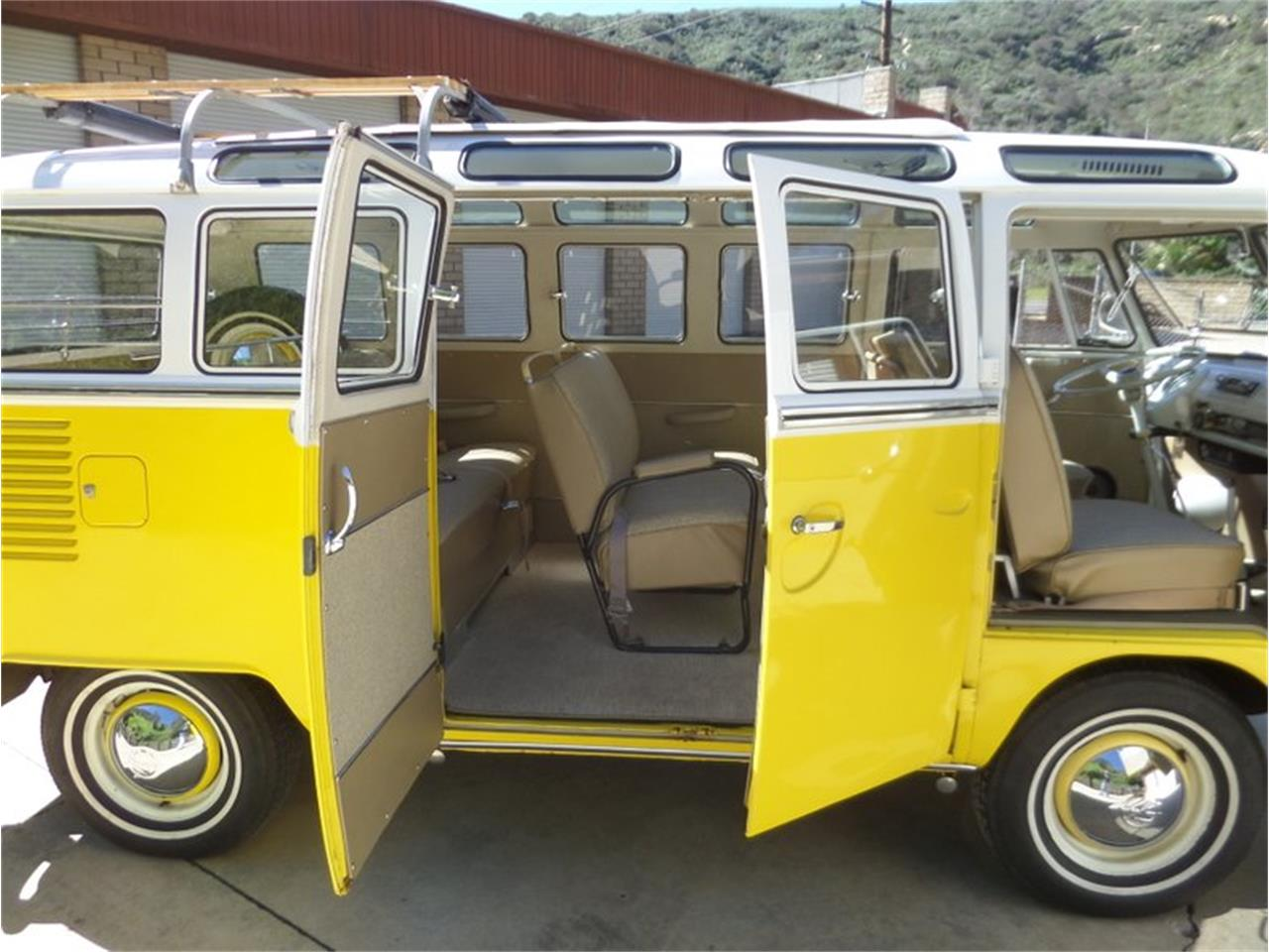 Large Picture of '66 Volkswagen Type 2 located in California - PG9M