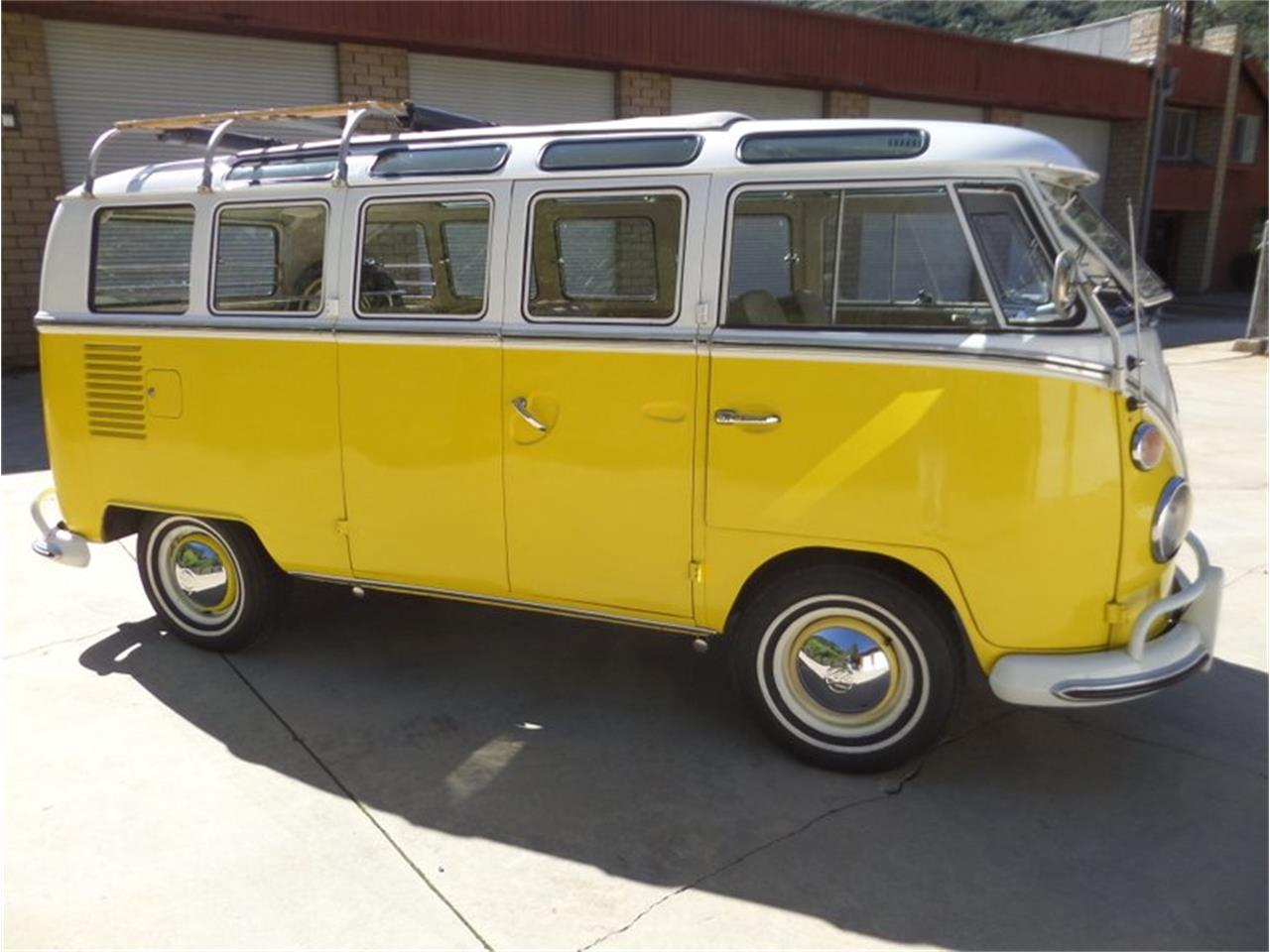 Large Picture of 1966 Volkswagen Type 2 - PG9M