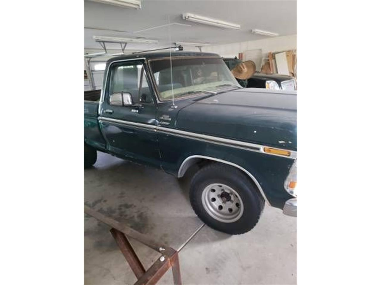 Large Picture of '77 Ford F150 located in Cadillac Michigan Offered by Classic Car Deals - PGA9