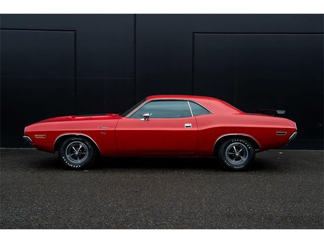 Picture of Classic 1970 Challenger R/T Offered by  - PGE5