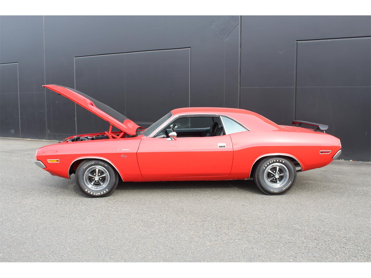 Large Picture of '70 Challenger R/T - PGE5