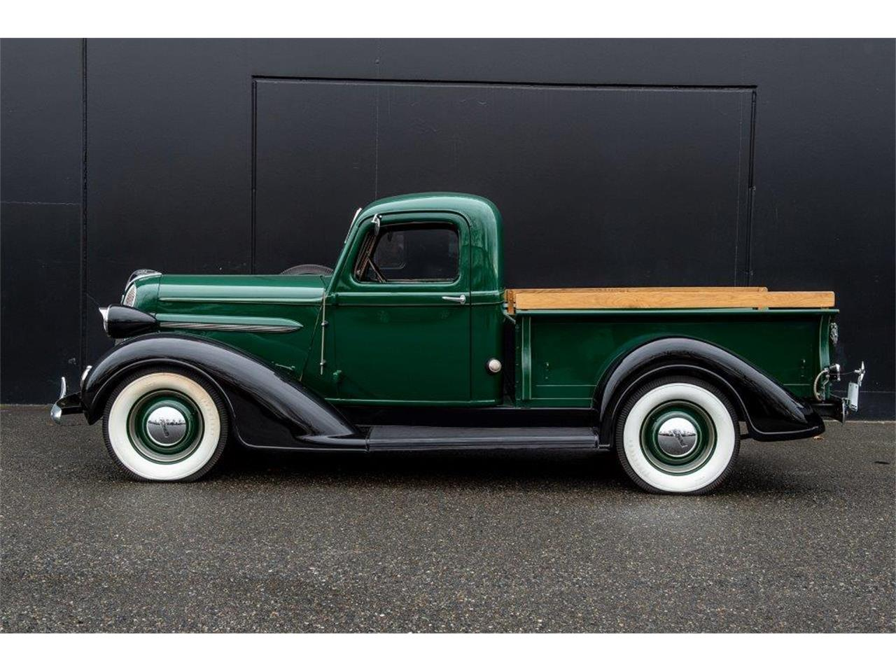 1937 Plymouth For Sale – transport