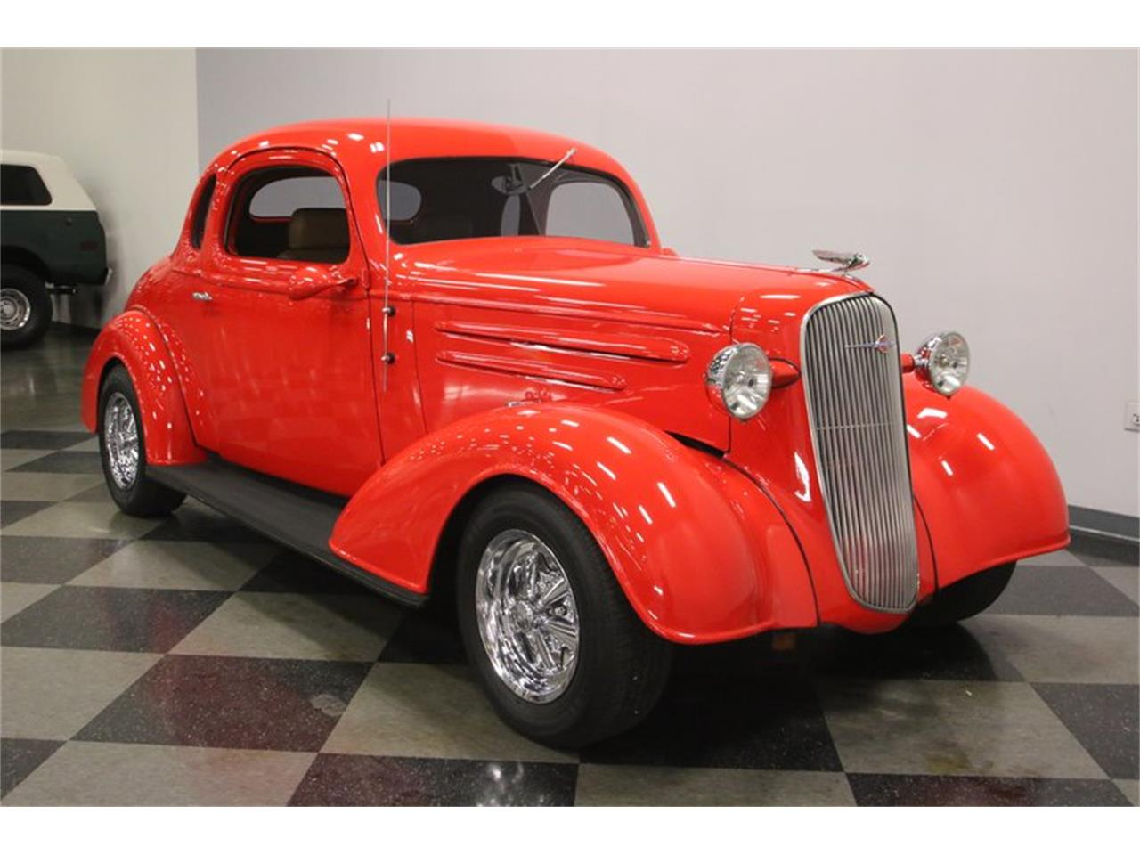 Large Picture of Classic 1936 Automobile located in Tennessee Offered by Streetside Classics - Nashville - PGFU