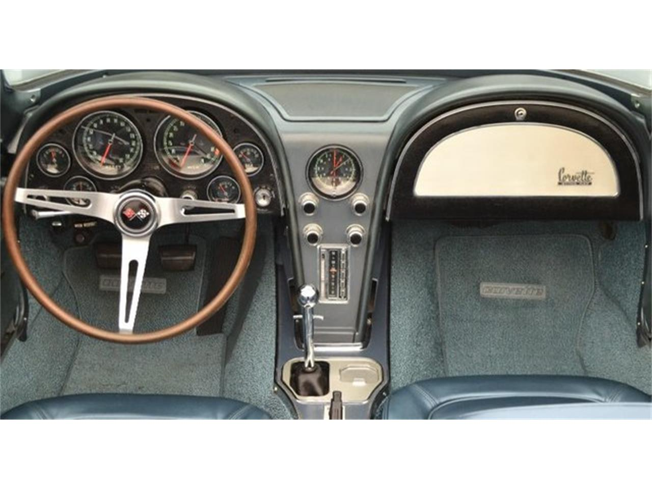 Large Picture of 1967 Chevrolet Corvette located in North Carolina Offered by Paramount Classic Car Store - PGPV