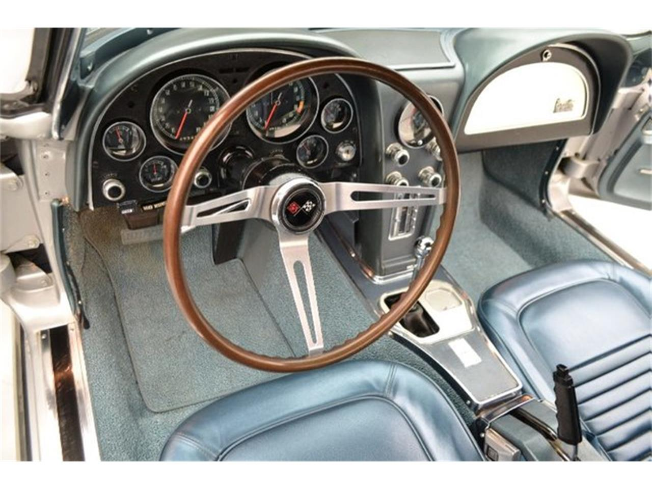 Large Picture of Classic 1967 Chevrolet Corvette located in Hickory North Carolina Offered by Paramount Classic Car Store - PGPV