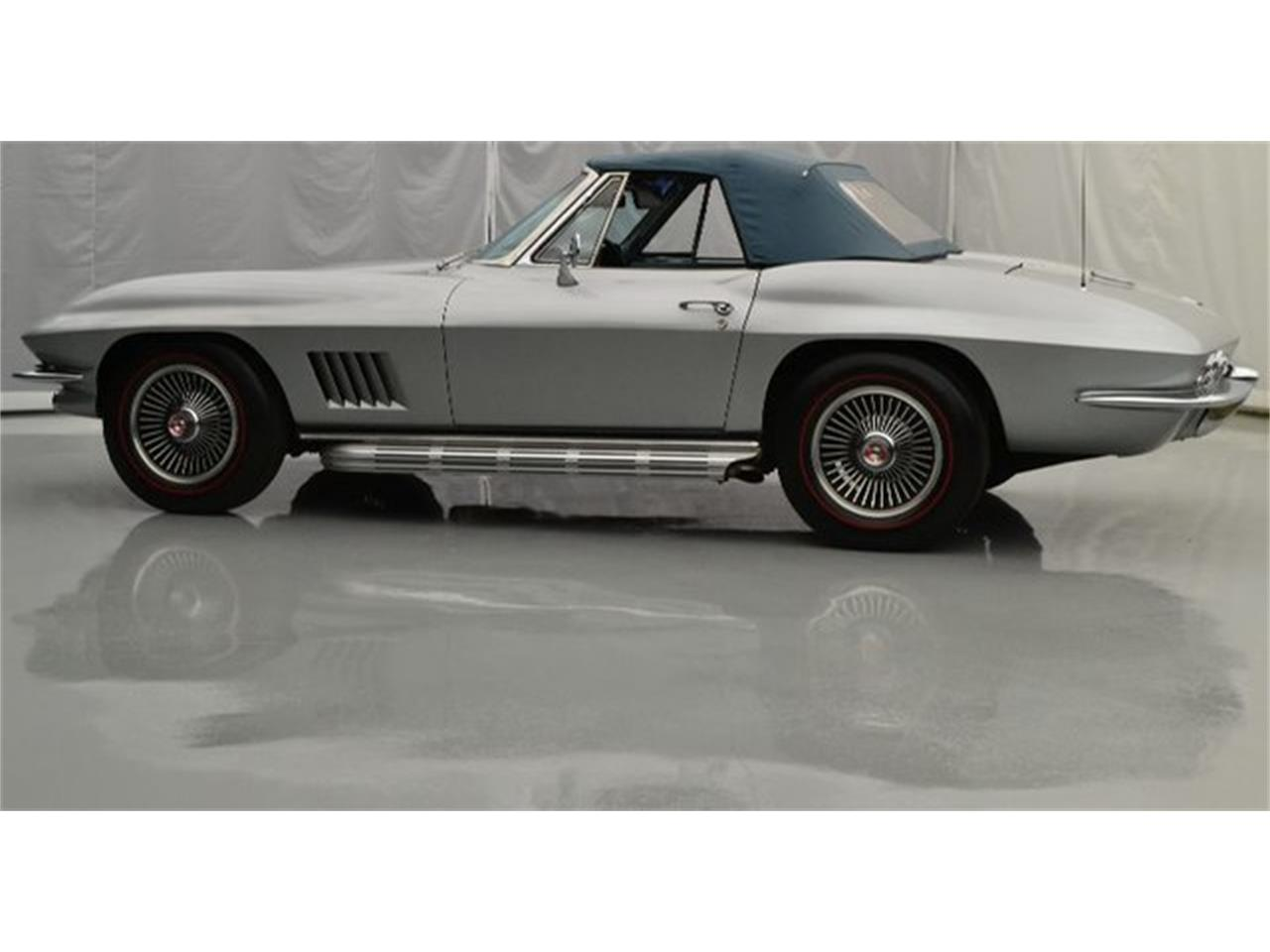 Large Picture of '67 Corvette - $74,995.00 Offered by Paramount Classic Car Store - PGPV