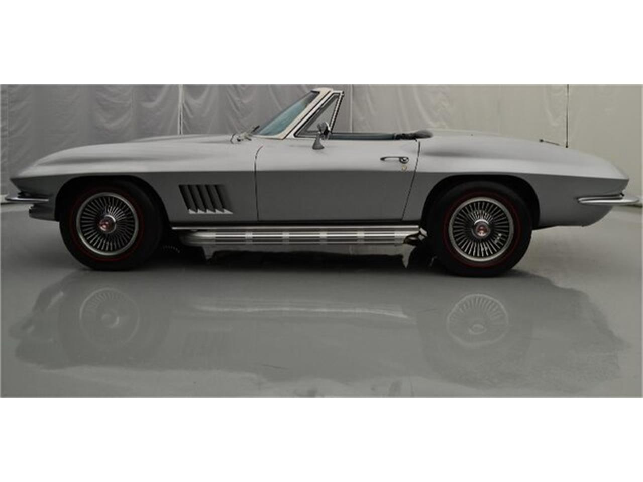 Large Picture of 1967 Corvette located in Hickory North Carolina Offered by Paramount Classic Car Store - PGPV