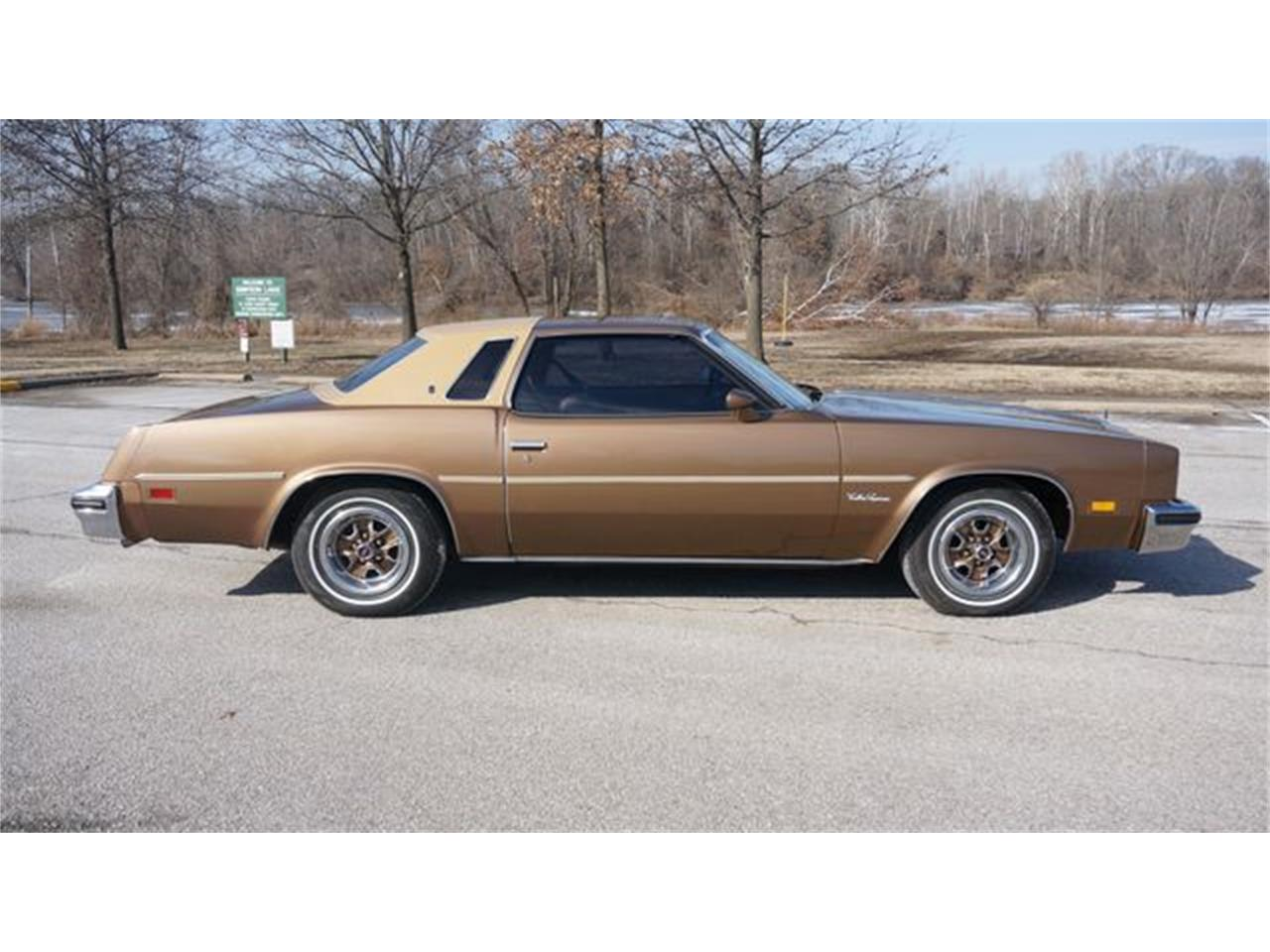 Large Picture of 1976 Oldsmobile Cutlass - $9,795.00 - PGQ1