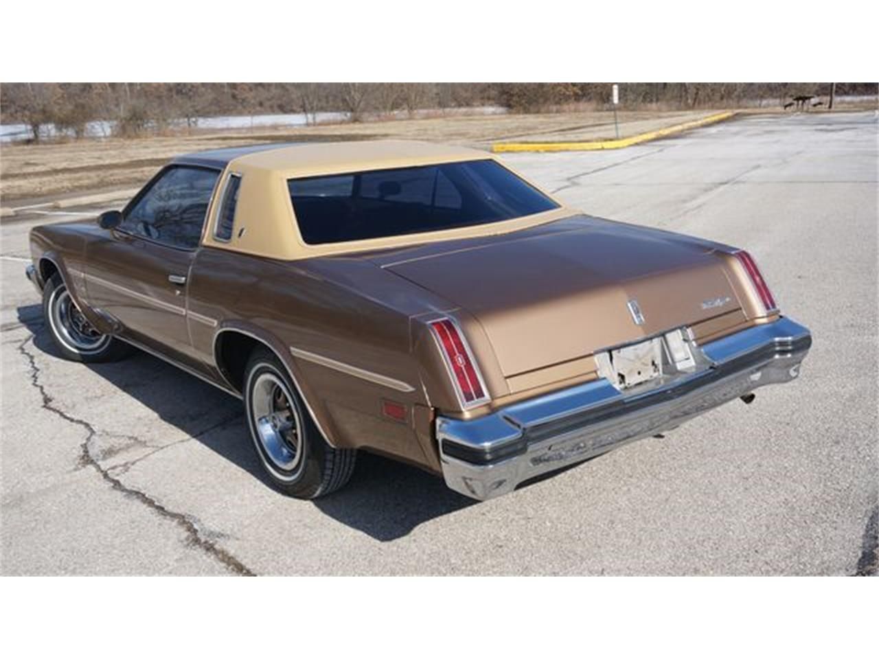 Large Picture of '76 Oldsmobile Cutlass located in Valley Park Missouri Offered by Velocity Motorsports LLC - PGQ1