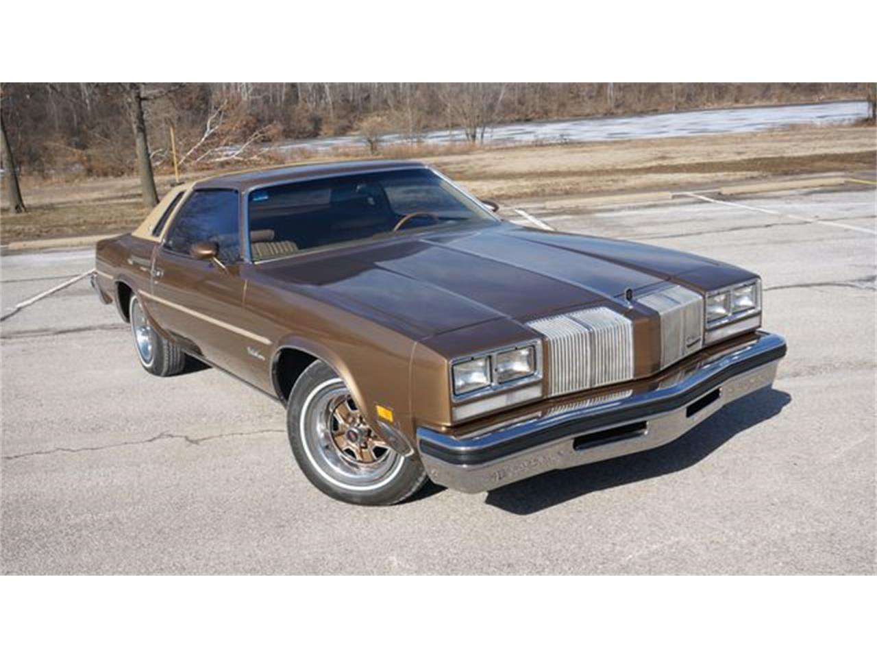 Large Picture of 1976 Oldsmobile Cutlass located in Valley Park Missouri - PGQ1