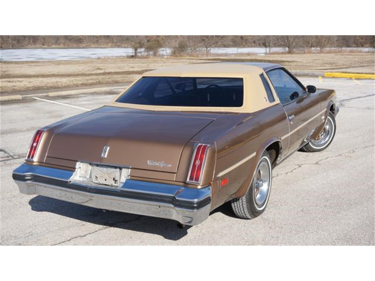 Large Picture of '76 Oldsmobile Cutlass located in Missouri - $9,795.00 - PGQ1