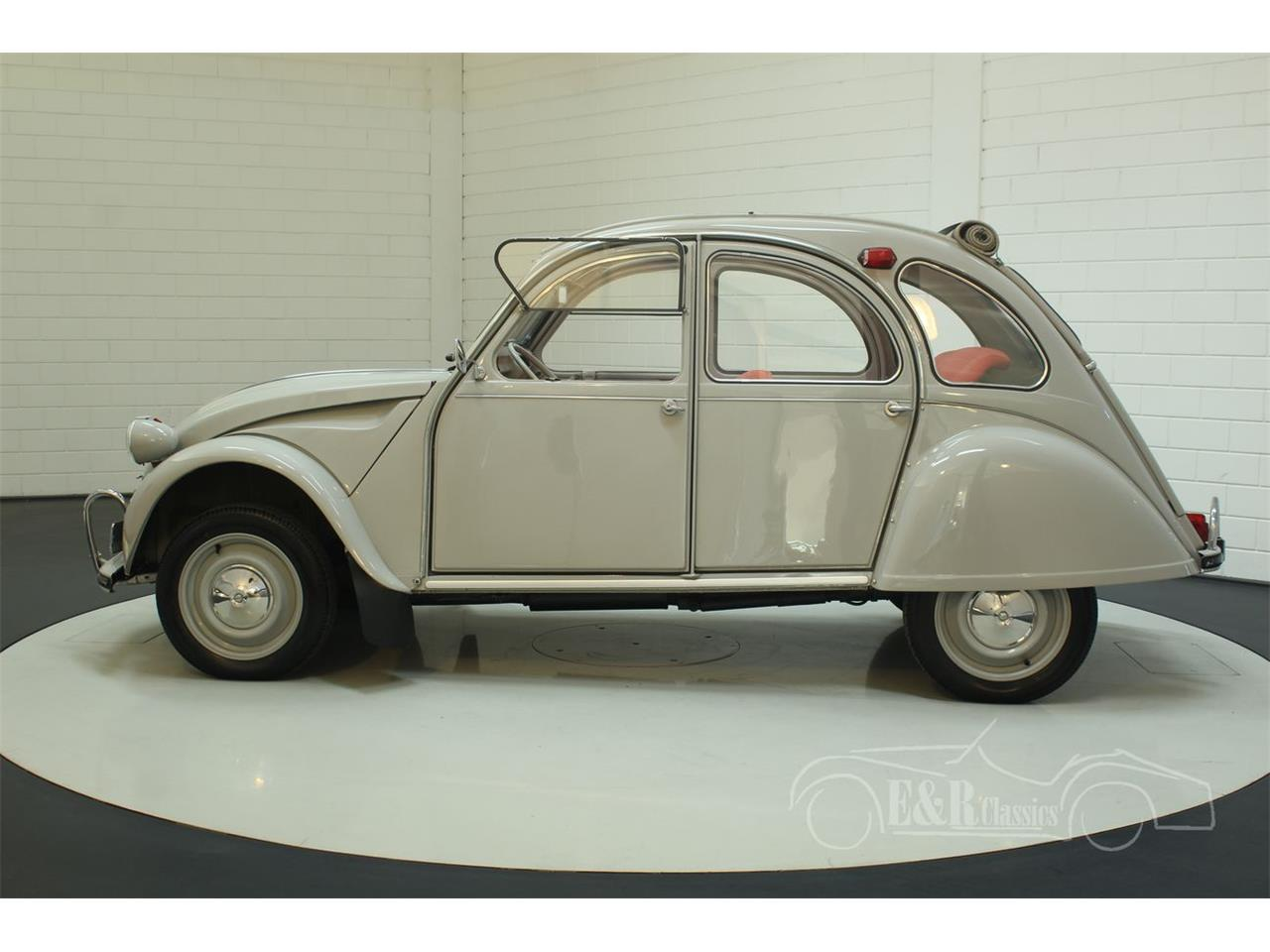 Large Picture of '66 Citroen 2CV located in Waalwijk - Keine Angabe - - $22,550.00 Offered by E & R Classics - PGSV