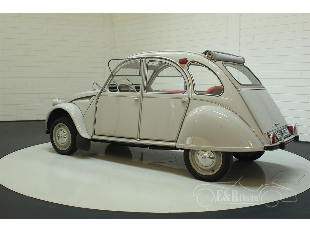 Large Picture of '66 Citroen 2CV located in - Keine Angabe - - $22,550.00 Offered by E & R Classics - PGSV