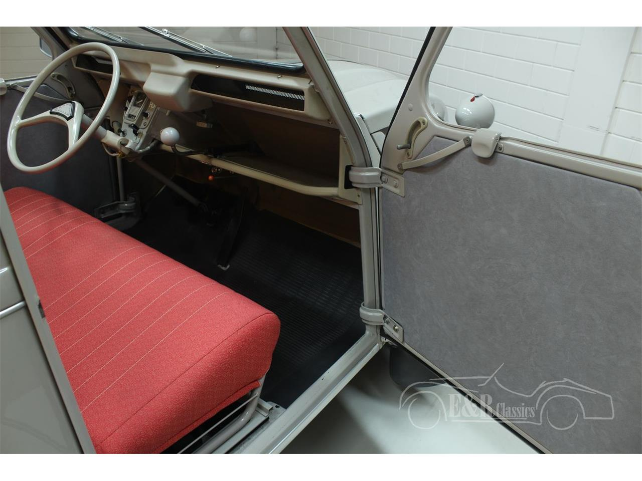 Large Picture of Classic 1966 Citroen 2CV located in - Keine Angabe - - $22,550.00 - PGSV