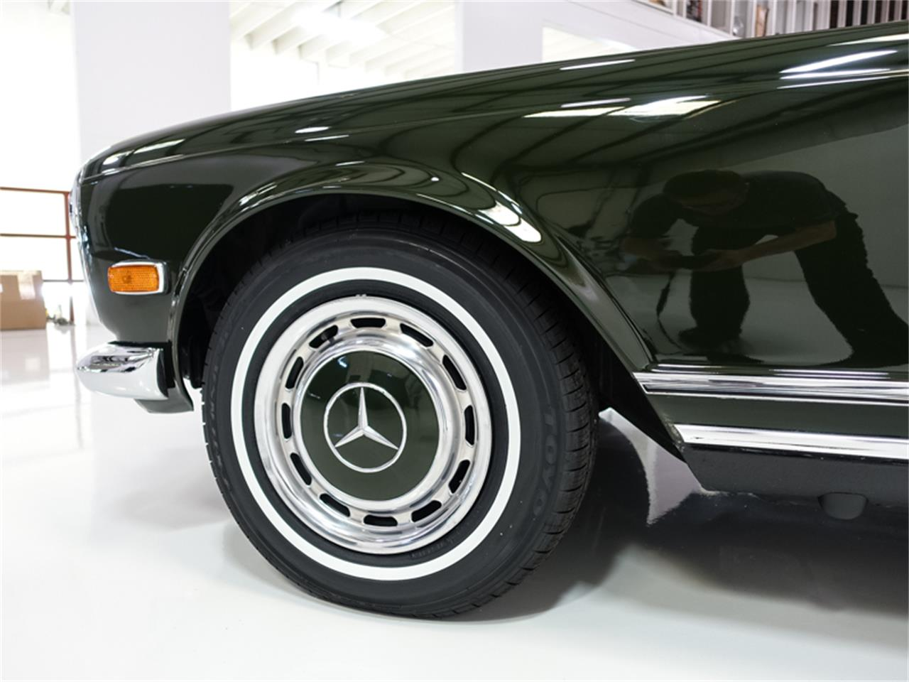 Large Picture of '71 280SL located in St. Louis Missouri - $139,900.00 Offered by Daniel Schmitt & Co. - PGT6