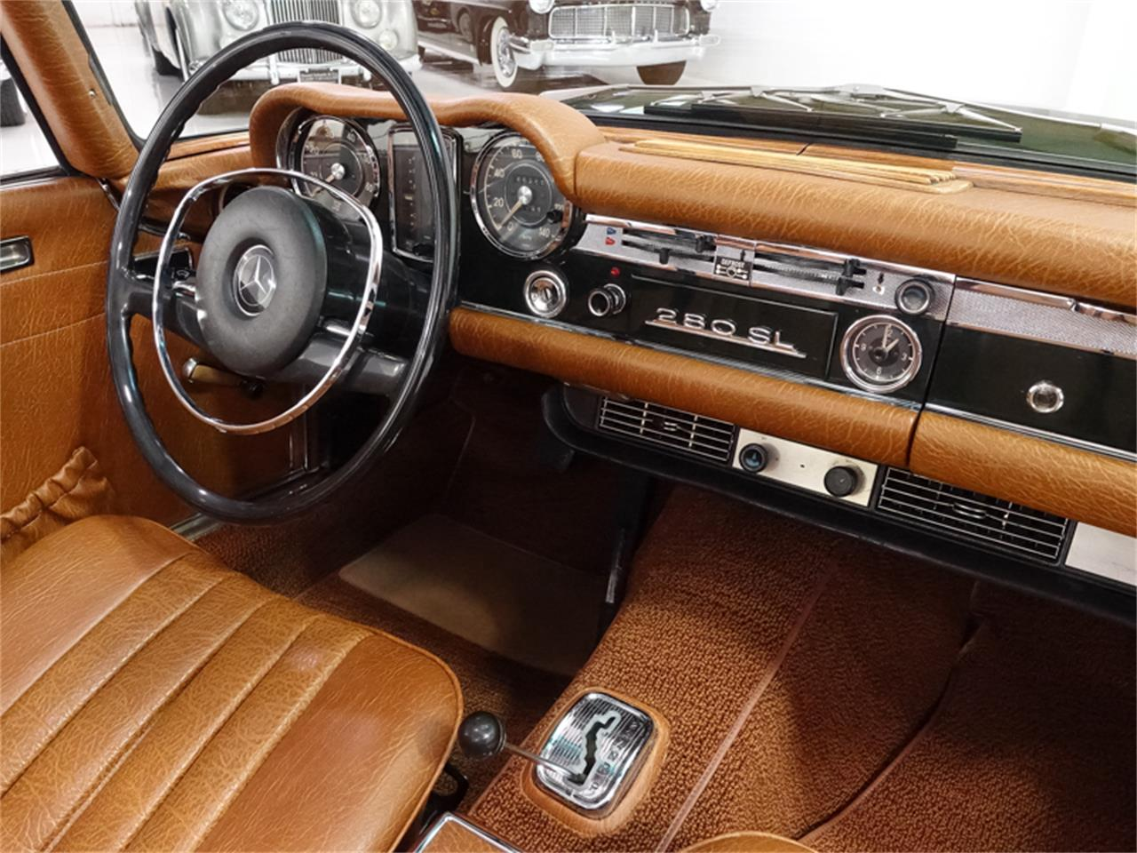 Large Picture of Classic 1971 280SL located in St. Louis Missouri Offered by Daniel Schmitt & Co. - PGT6