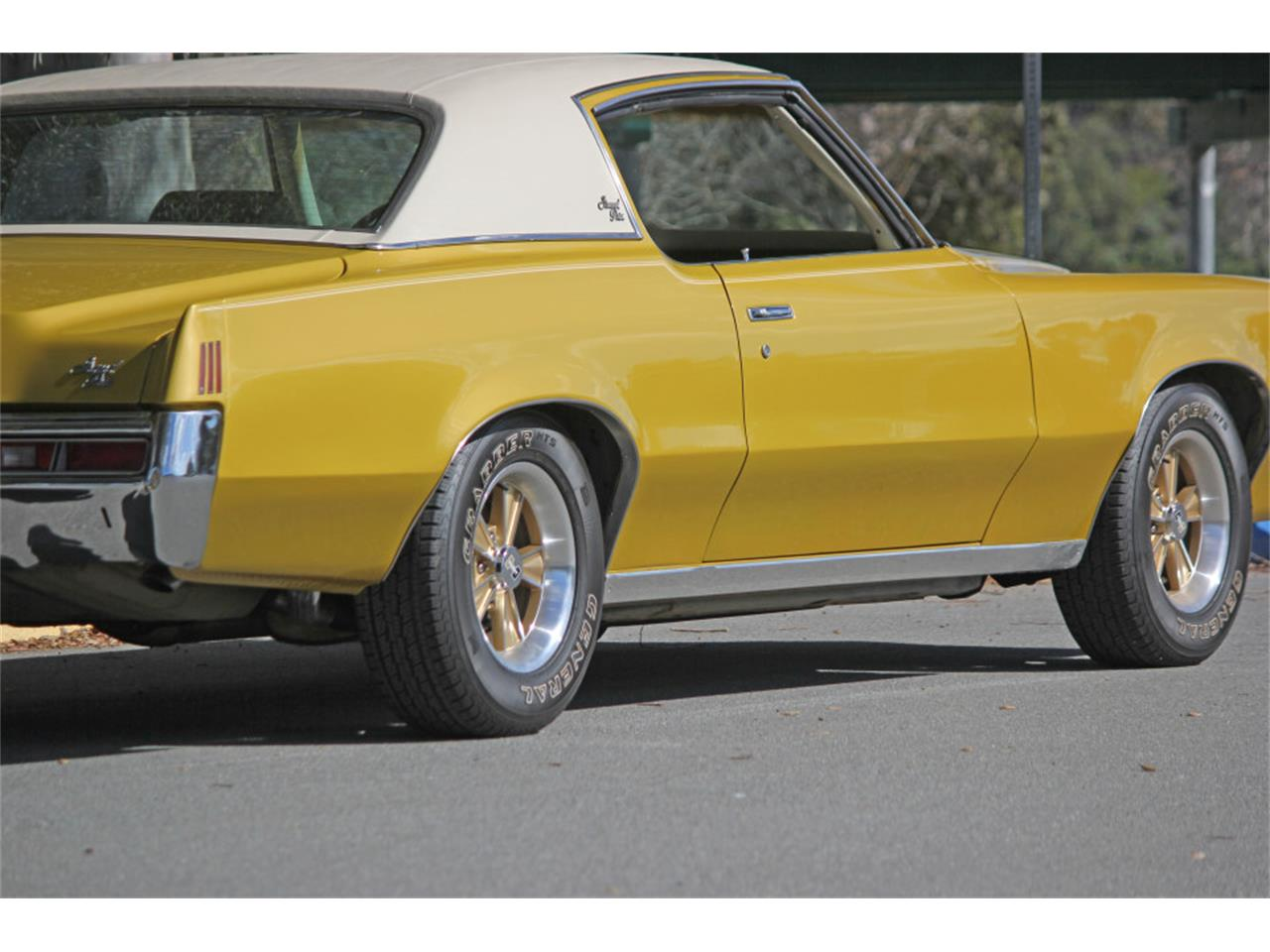 Large Picture of '72 Pontiac Grand Prix - $20,900.00 Offered by Precious Metals - PGU5