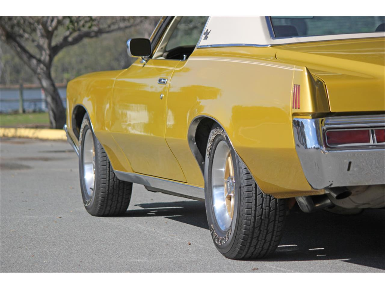Large Picture of Classic '72 Pontiac Grand Prix located in SAN DIEGO  California - $20,900.00 - PGU5