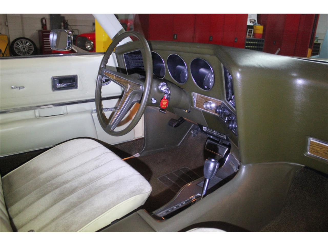 Large Picture of Classic 1972 Pontiac Grand Prix - $20,900.00 Offered by Precious Metals - PGU5