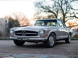Picture of Classic '68 280SL located in Florida Auction Vehicle Offered by RM Sotheby's - PGUM