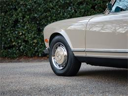 Picture of Classic '68 Mercedes-Benz 280SL located in Florida Auction Vehicle Offered by RM Sotheby's - PGUM