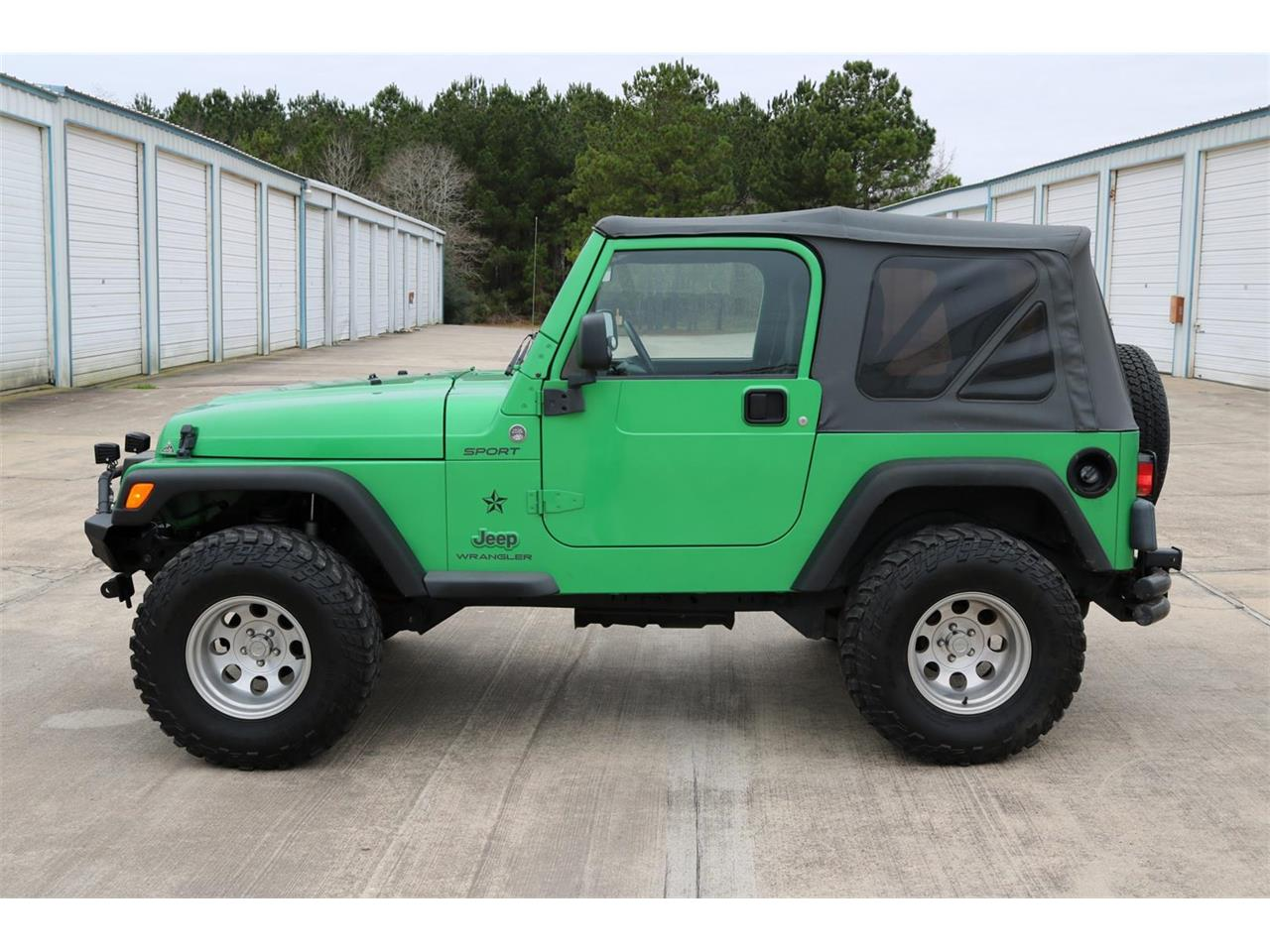 Large Picture of '05 Jeep Wrangler located in Texas - $15,900.00 - PGXZ